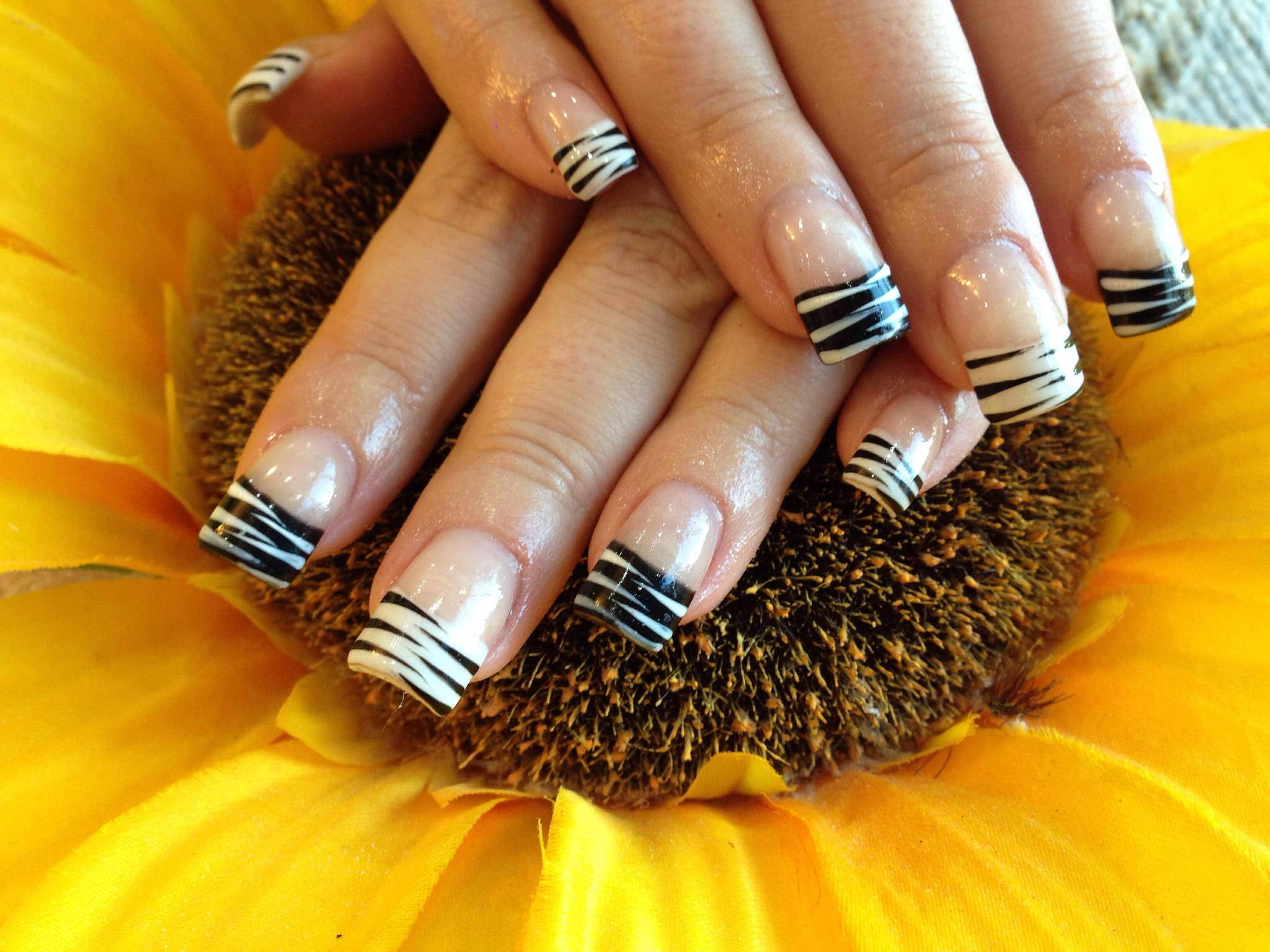 45+ Black and White Nail Art Designs, Ideas
