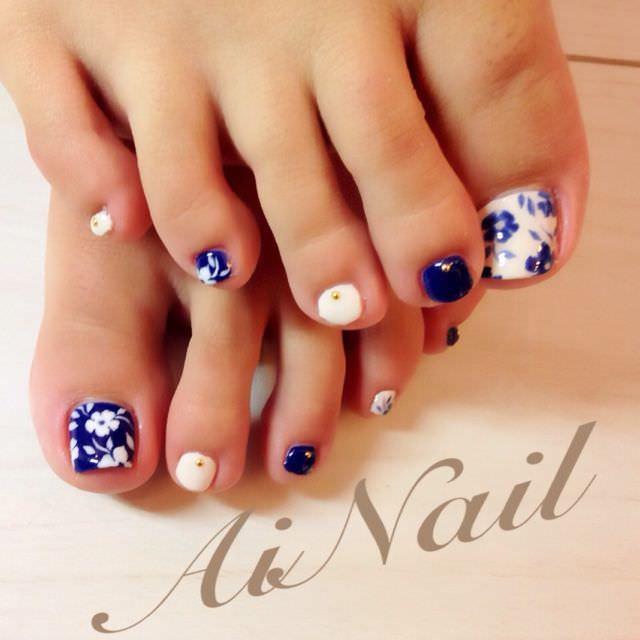 View Images Flower toe nail designs ... - Toe Nail Design White ~ Pretty Toenail Art Designs And Design