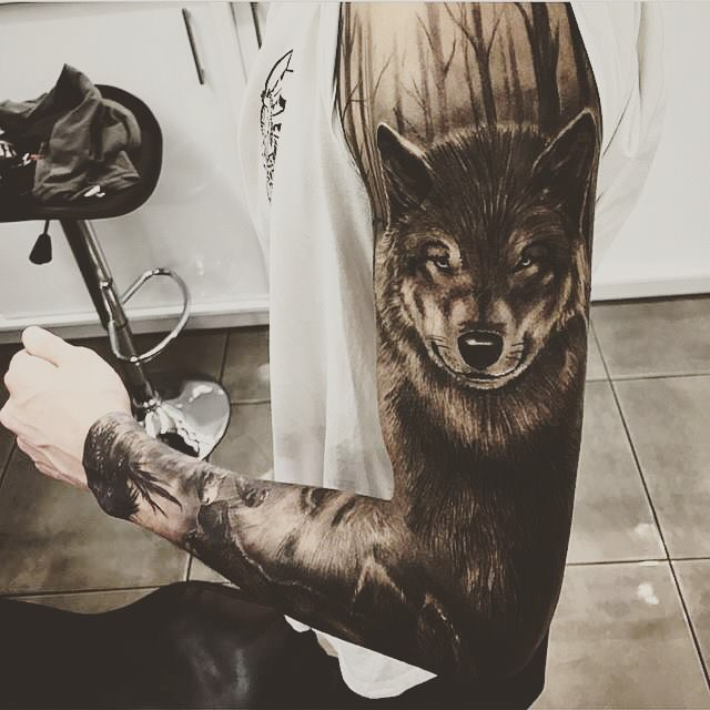 1000 ideas about wolf tattoo sleeve on pinterest wolf tattoos s tattoo and full sleeves. Black Bedroom Furniture Sets. Home Design Ideas