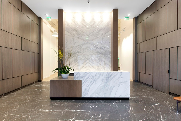 Office reception designs design trends for Hotel lobby design trends