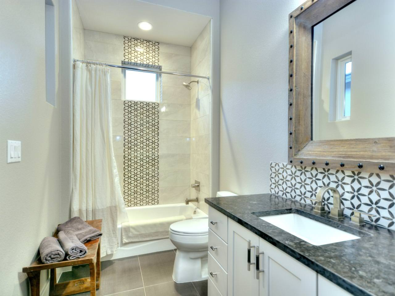 Geometrical Design Bathroom Floor Tile: Geometric Tiles
