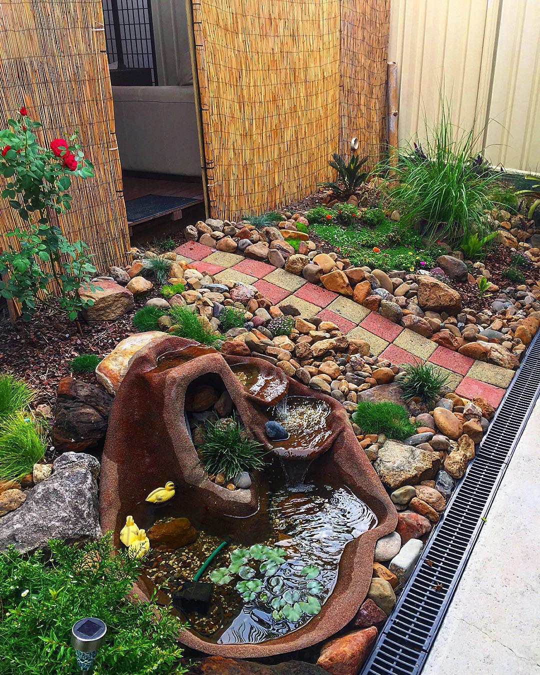river rock garden ideas rock garden design ideas 1000