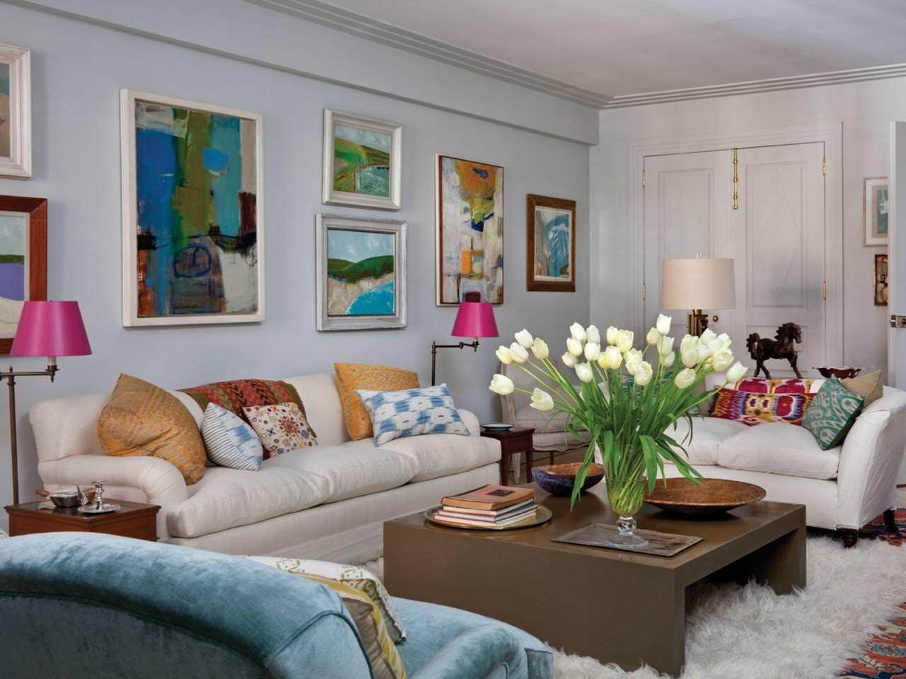 27 eclectic living room designs decorating ideas design trends. Black Bedroom Furniture Sets. Home Design Ideas