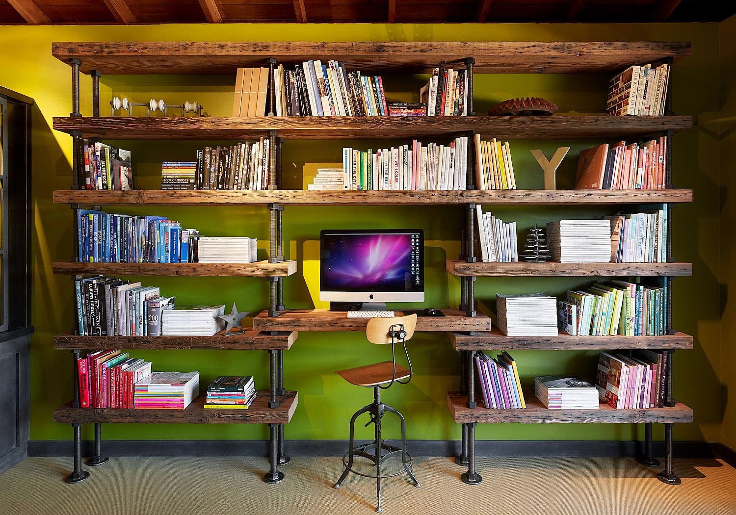 29 industrial home office designs decorating ideas design trends - Interior design and decorating books ...