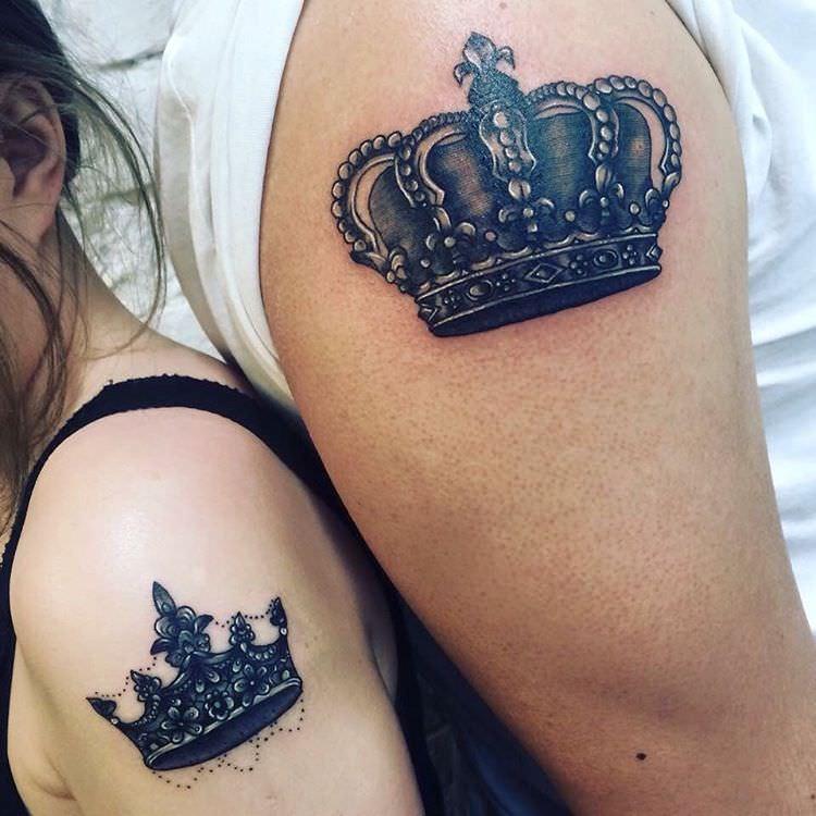 Тату на предплечье для девушек корона