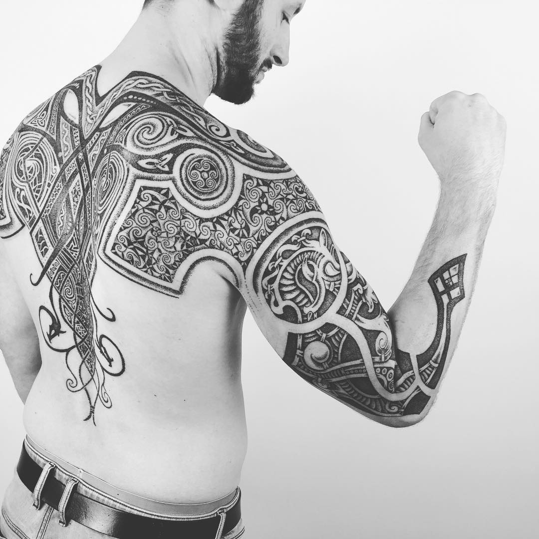 25+ Viking Tattoo De