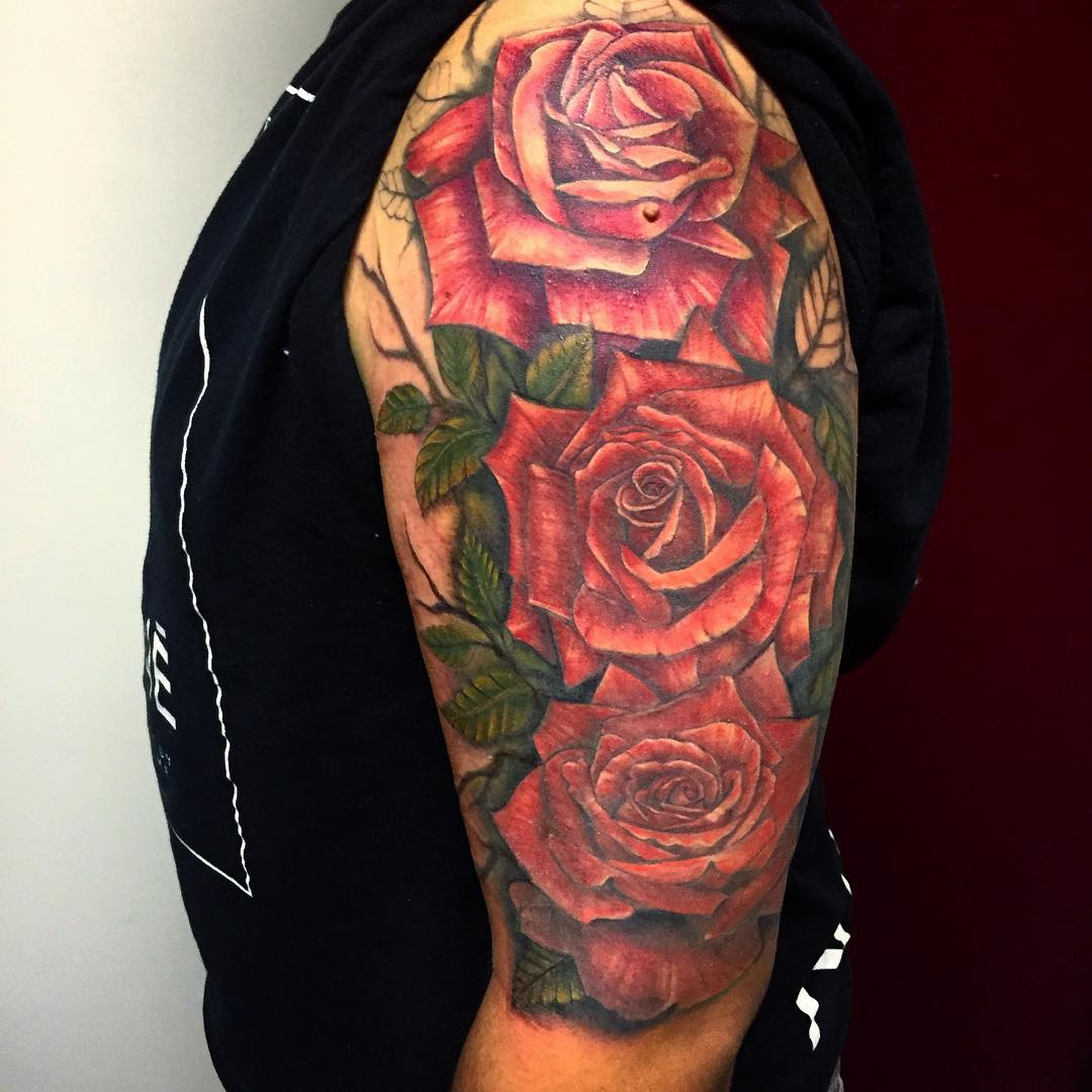 Cliserpudo black and red rose sleeve tattoo images for Rose tattoo sleeve