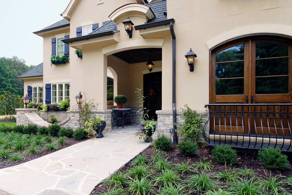 25 country home exterior designs decorating ideas for Country french exterior design