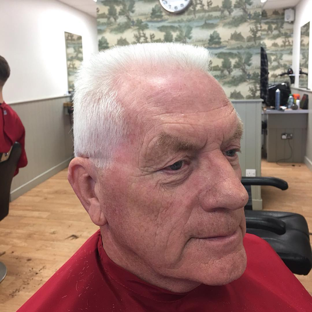 flat top men It is easy to achieve a flattop haircut, barbershop style right from home people are generally more familiar with the flattops cousin hairstyle, the crew cut.