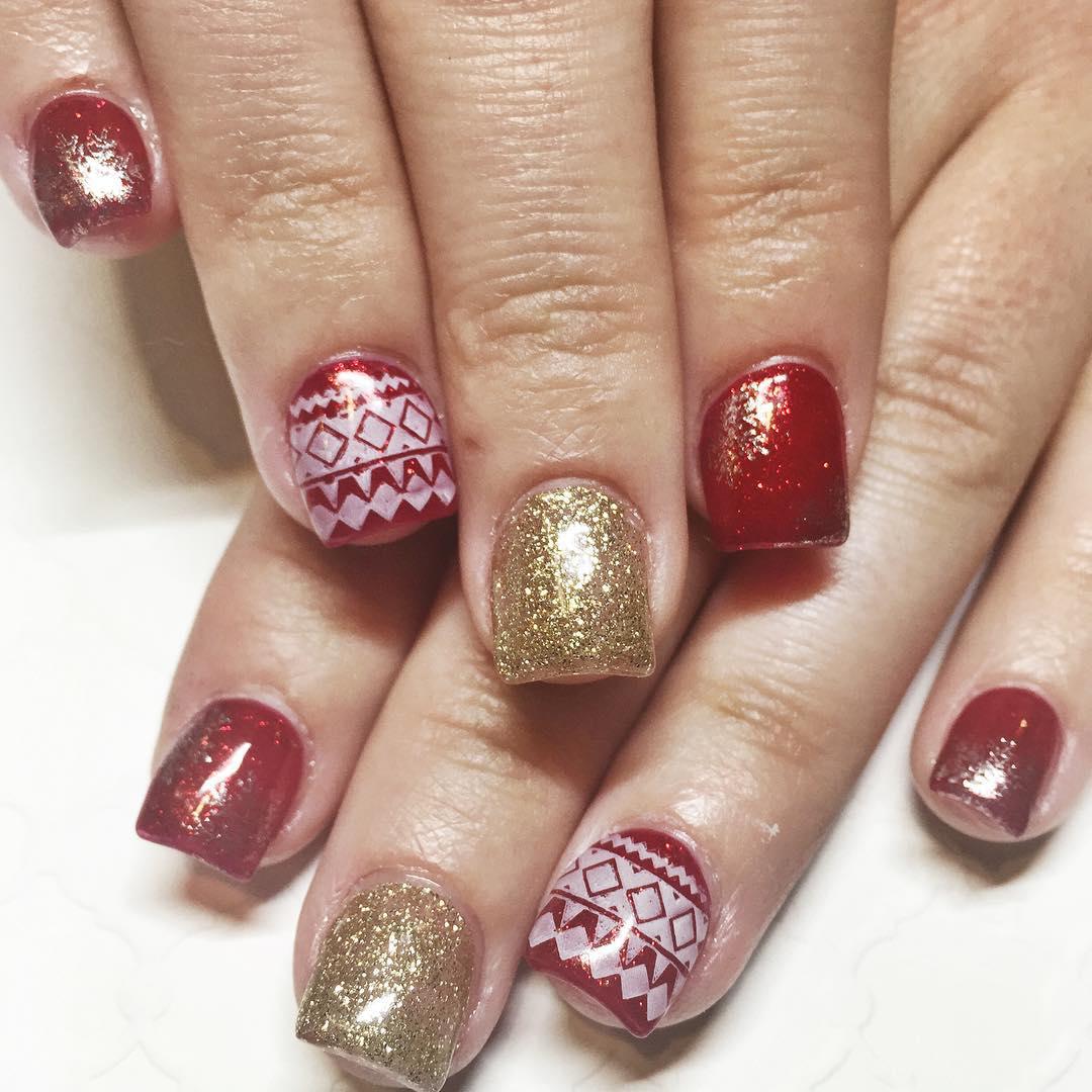 Nail art for short square nails nail art ideas for Acrylic nail decoration