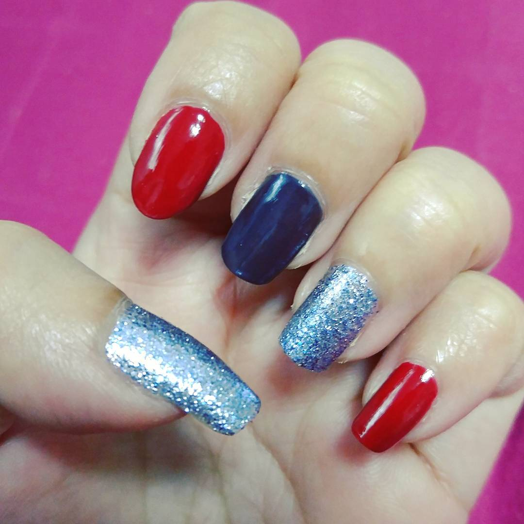 26 red and silver glitter nail art designs ideas