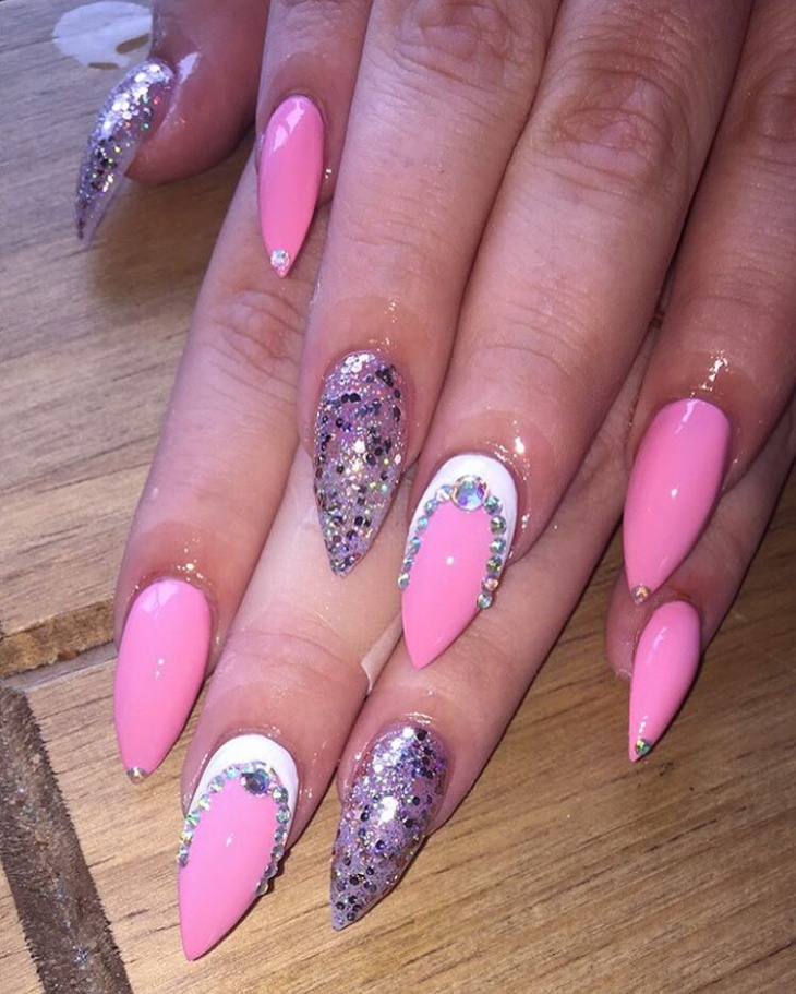 Watch 20 Hot and Chic Summer Nail Designs to Try video