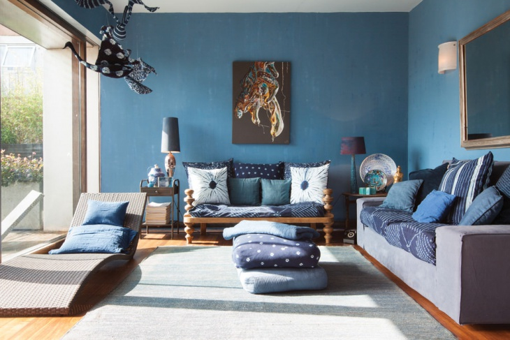 blue and brown living room idea