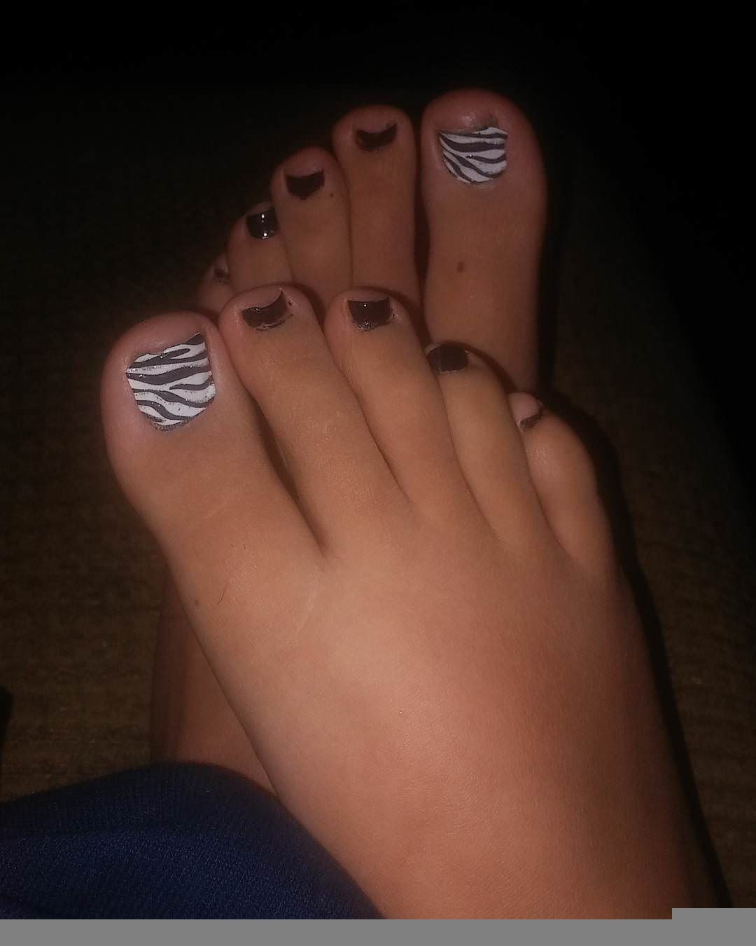 black and white toe nail designs1