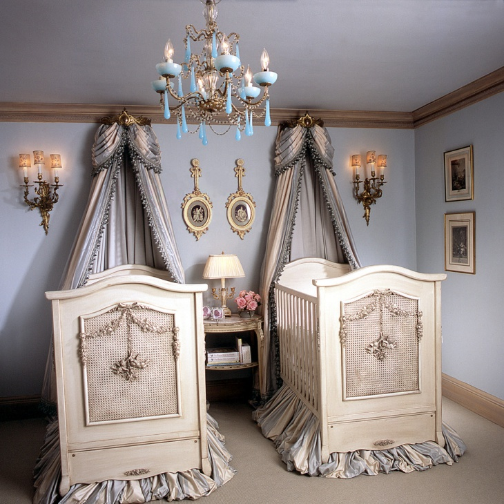 Twin Canopy Bed Design