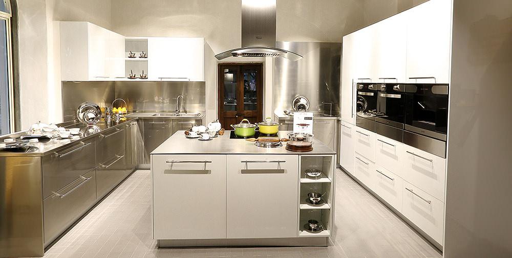34 u shaped kitchen designs kitchen designs design trends. Black Bedroom Furniture Sets. Home Design Ideas