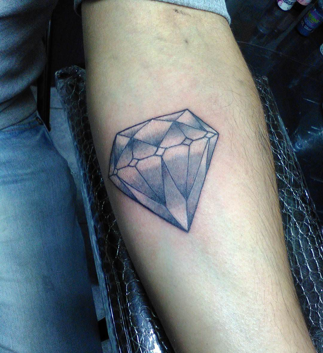 Diamond Tattoo Design On Left Hand
