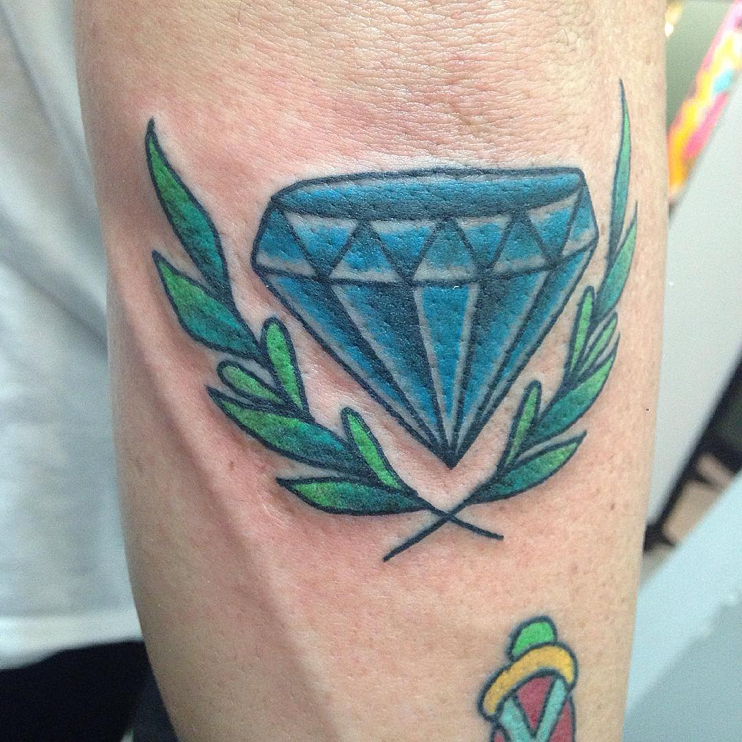 Sleeve Diamond Tattoo Design