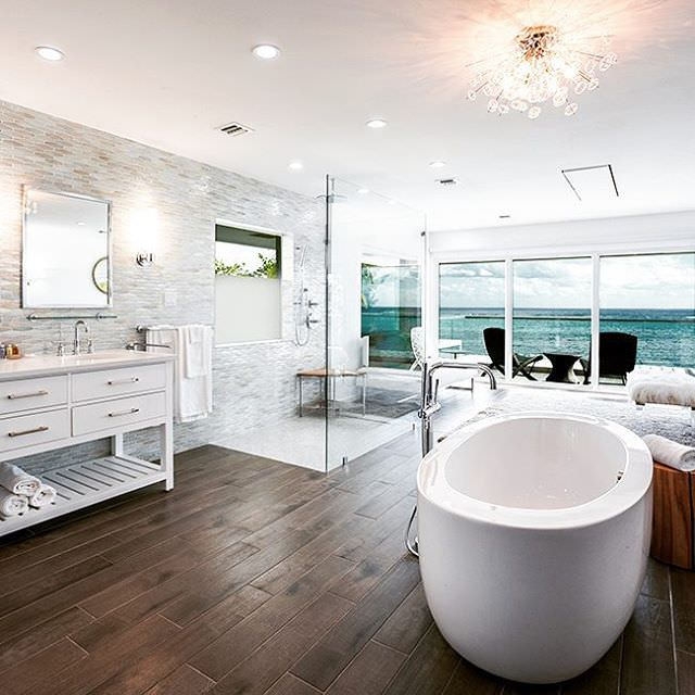 Cay White Bath Rooms Design