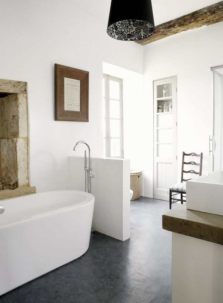 Inspired White Bath Rooms Design