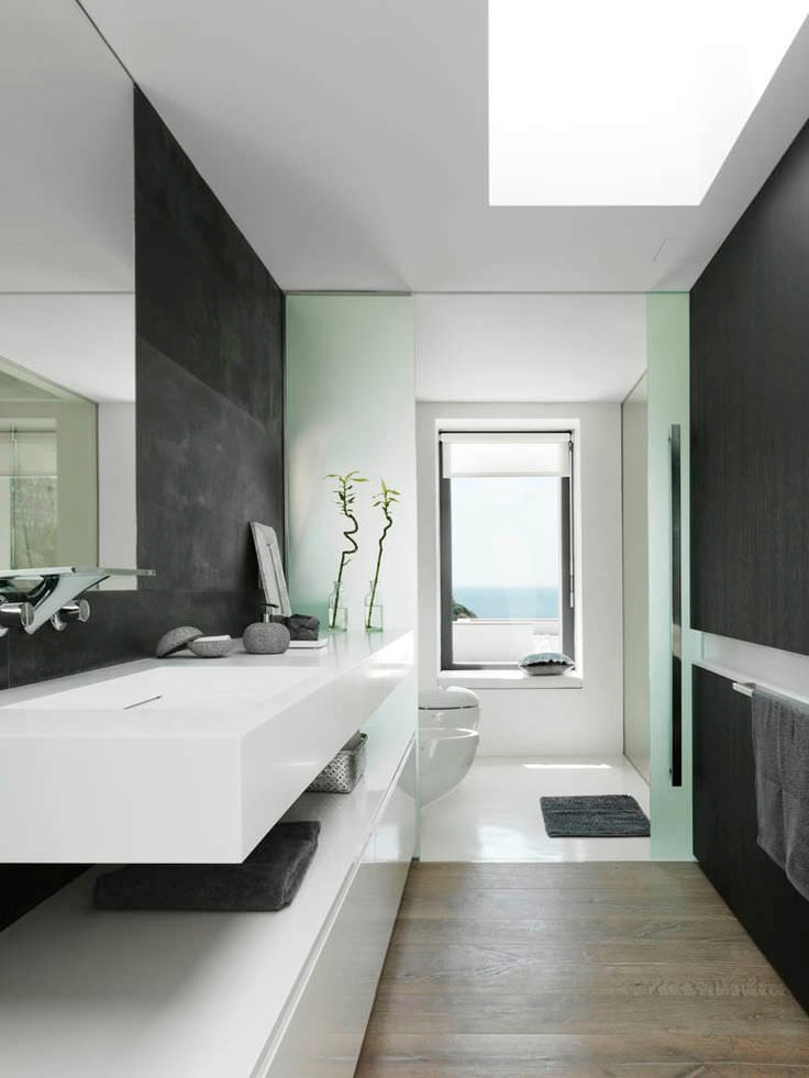 Stylish White Bath Rooms Design