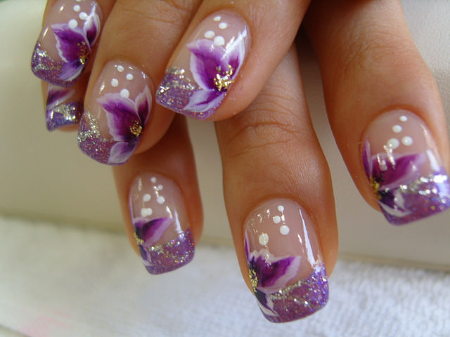 Flower Purple Nail Design, dot white , pink flowers