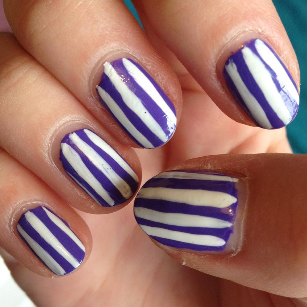 Striped Purple Nail Design, white Purple line.