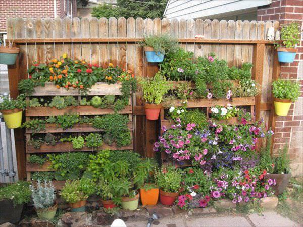 Plant Pallet Planter Design