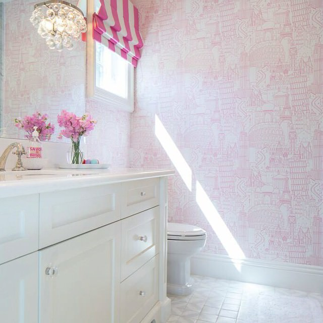 pink fabulous kid bath room design