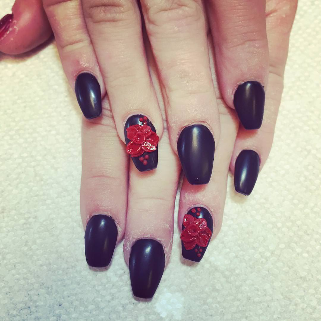 champion fall nail design