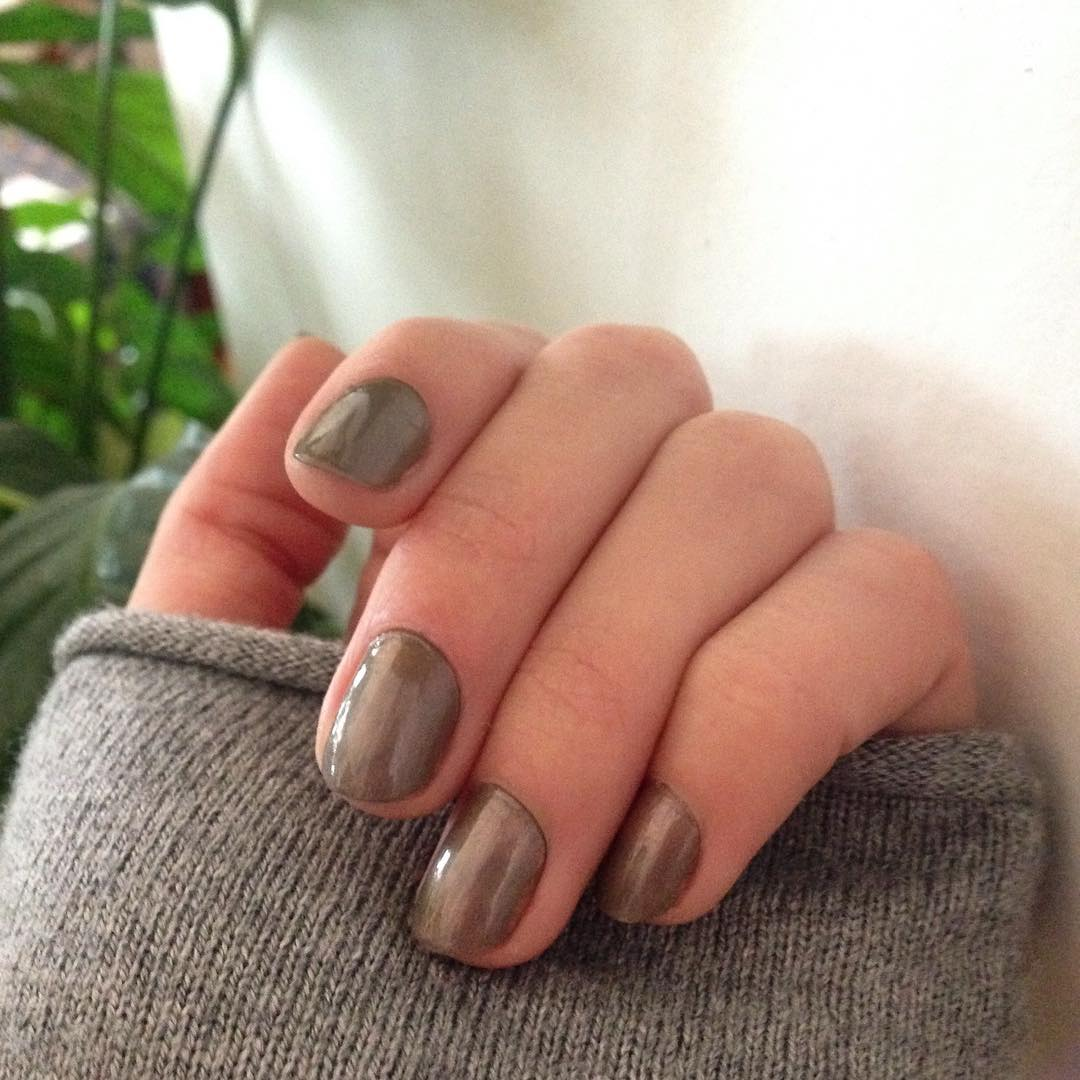 Grey Fall Nail Designs