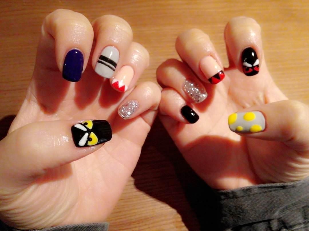 rani fall nail design