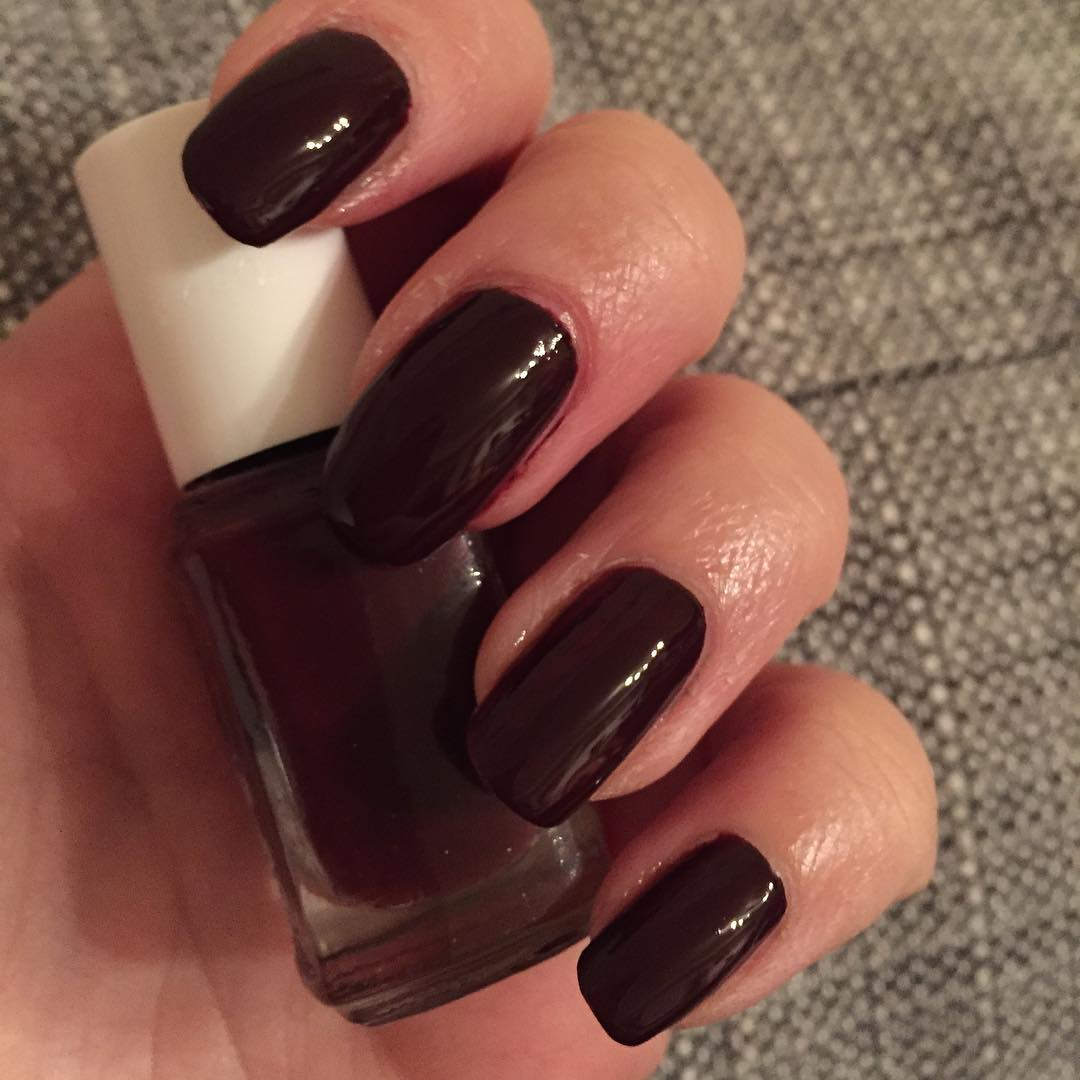 Stylish Fall Nail Design