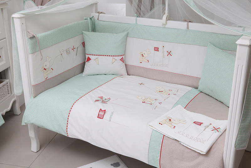 Cute Nursery Bed Design, nusery sofa bed.