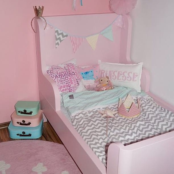 Pink Nursery Bed Design, pink bed .