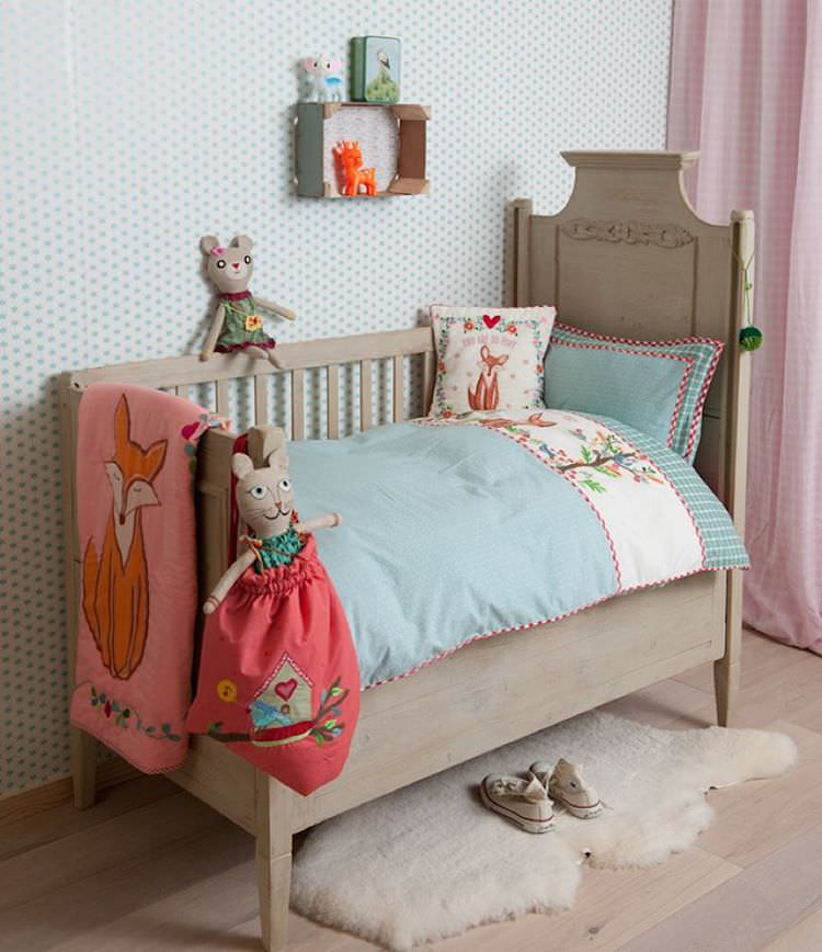 Vintage Nursery Bed Design, simple bed.