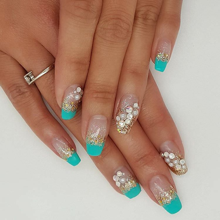 Beautiful Summer Finger Nail Design