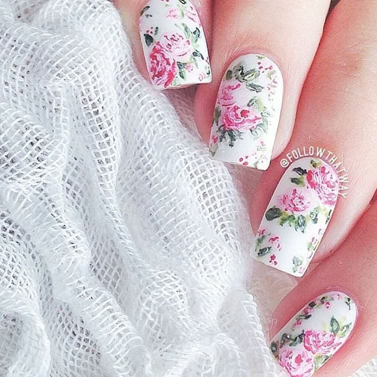 Elegant Summer Nail Designs