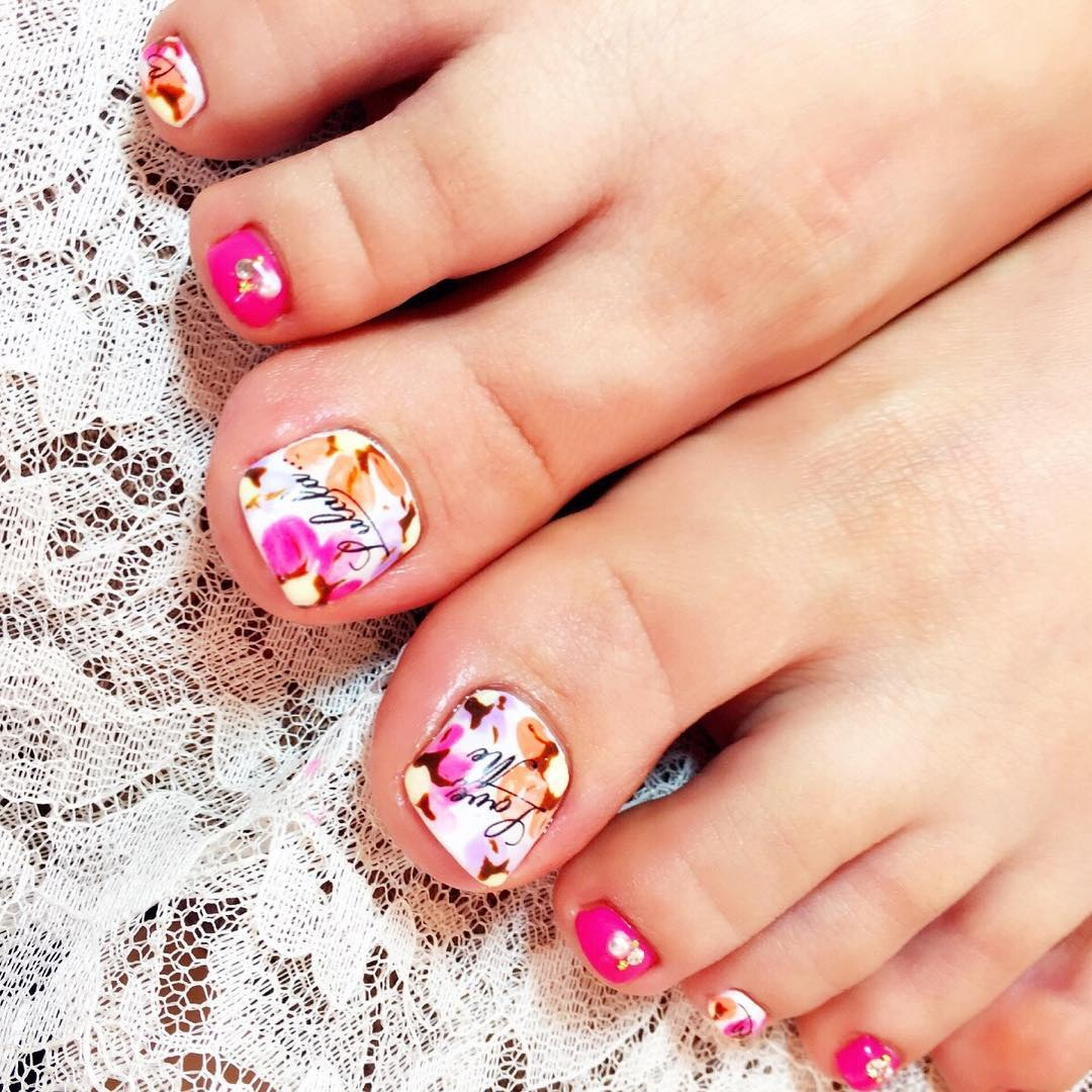Foot Style Summer Nail Design