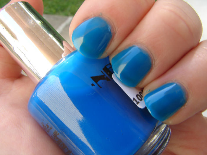 Sky Blue Summer Nail Design