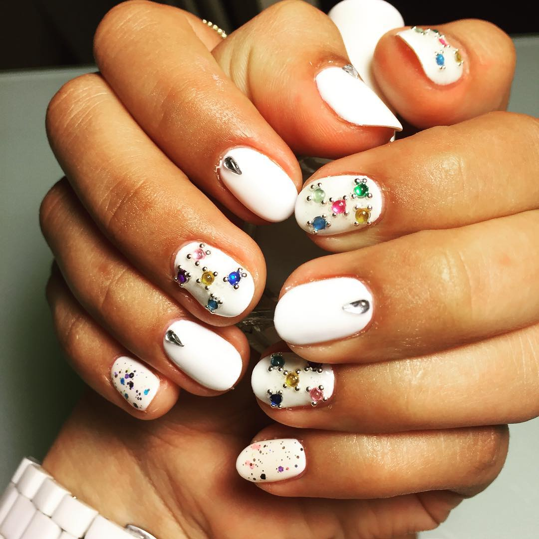 White Summer Nail Design