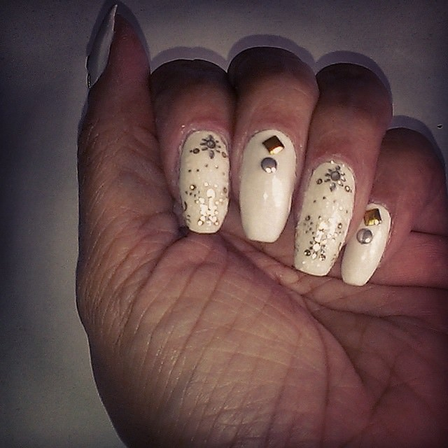 White Summer Nails Design