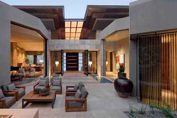 Elegant Contemporary Patio Design
