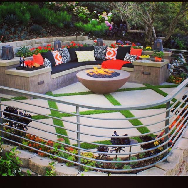 Garden Contemporary Patio Design