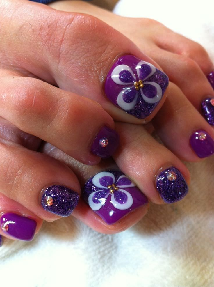 Flavor Flower Toe Nail Design