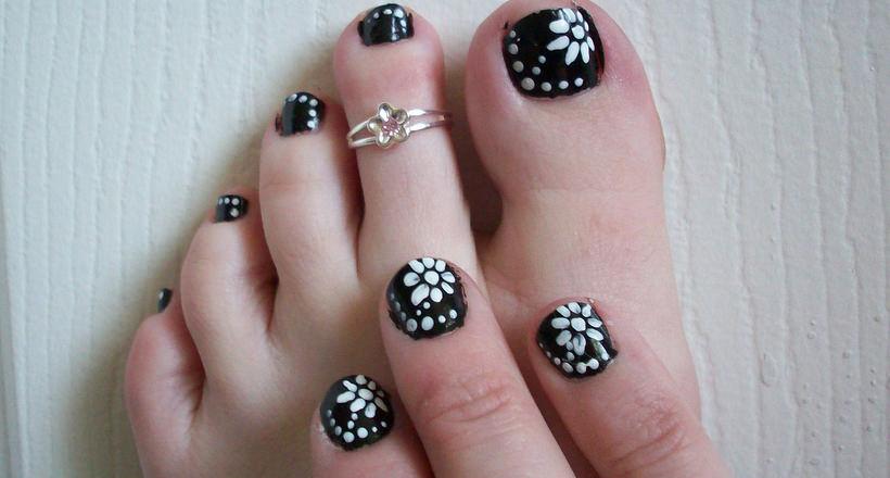 32 Flower Toe Nail Designs Nail Designs Design Trends Premium