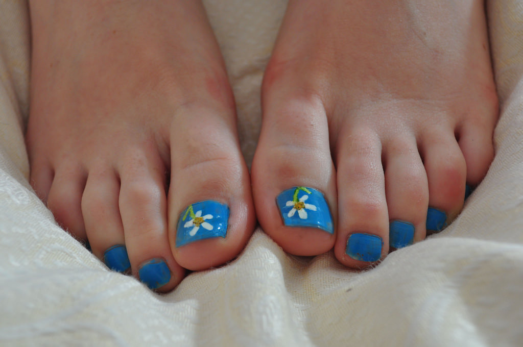 Love Flower Toe Nail Design