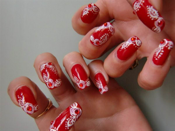 White Flower Toe Nail Design