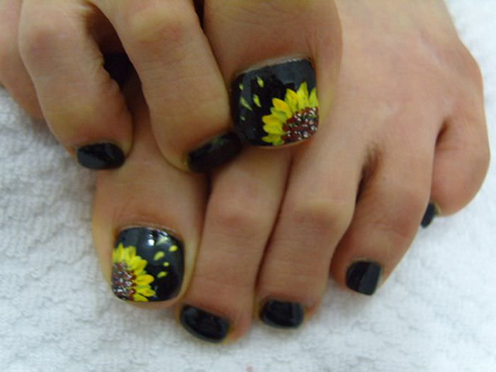 Yellow Flower Toe Nail Design