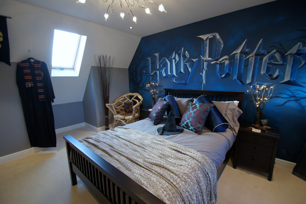 Harry Potter Accent Wall Design for Kid